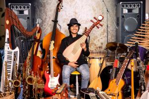 Neil Nayyar: plays more than 100 musical instruments