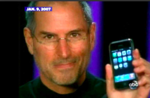 Steve Jobs with first iPhone January 2007