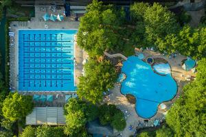 The Houstonian Hotel pools