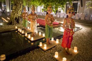 Apsara Dancers at Park Hyatt Siem Reap