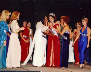 Susan Jeske crowned Ms. America 1997 at the Luxor Hotel in Las Vegas winning $75,000 in cash and prizes.