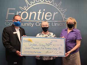 From left to right: Michael J. Augustine, President/CEO of Frontier Community Credit Union, Caroline Arter, United Way of Leavenworth County's 2019-2020 Campaign Chair, and Nancy Bauder, United Way of Leavenworth County's Executive Director