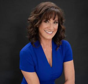 Susan Levin in Sarasota, Florida, a Yoga and Nutrition Expert and a Best-selling author, helps  people strengthen their body naturally to become the healthiest version.