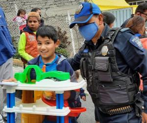 A unit of auxiliary civil defense police team up with The Way to Happiness Foundation to help children in Mexico's most crime-ridden slum with a gift they hope will change their lives.