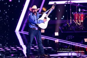 "American Country Sanger Doug Adkins  singt ""Achy Breaky Heart"" bei The Voice of Germany"