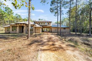 Home on Acreage in Cleveland TX