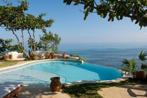 Hidden Bay Luxury Jamaican Villa
