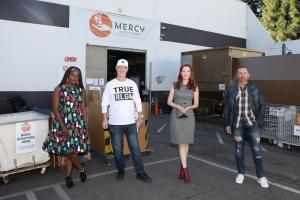 "Celebrities Support ""Operation Christmas Gift""- Nimi Adokiye, CBS Bob Hearts Abishola; Steve Cederquist, HGTV Flip or Flop & Author ""Get Out Alive""; Anna Easteden, ""Days of Our Lives""; Steven Benedict, Track, Field Star & Author ""Good Morning Super Star"""