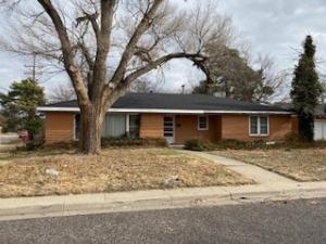 •	2,117± sq. ft. home - 2 bedrooms, 2 baths, 2 car garage on a large corner lot with 2 living areas; potential for 3 bedrooms.  Needs some TLC.  New roof in Dec. 2020