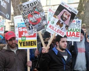 """Stop the War in Yemen !"" by alisdare1 is licensed under CC BY-SA 2.0"