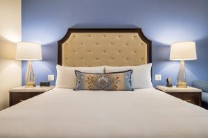 The Houstonian Hotel's Newly Renovated Guestroom