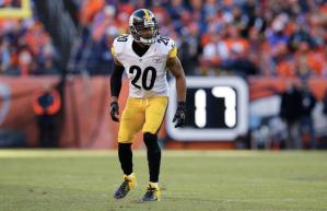 Will Allen, former Pittsburgh Steelers Safety on the field playing in NFL game