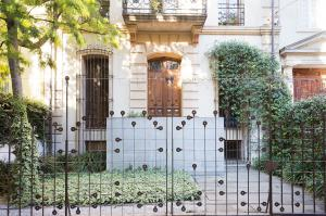 Exceptional townhouse for sale in Sarria-Sant Gervasi Barceloma