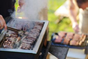 Grilling food safety tips by Stop Foodborne Illness