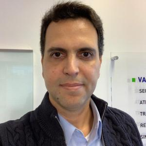 Log-In CEO Marco Cauduro