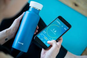 The Thrivve bottle comes with a personalised app